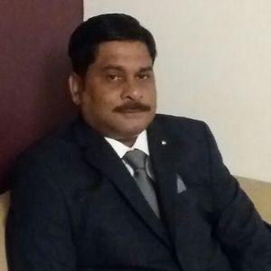 डॉ. अजय शुक्ला